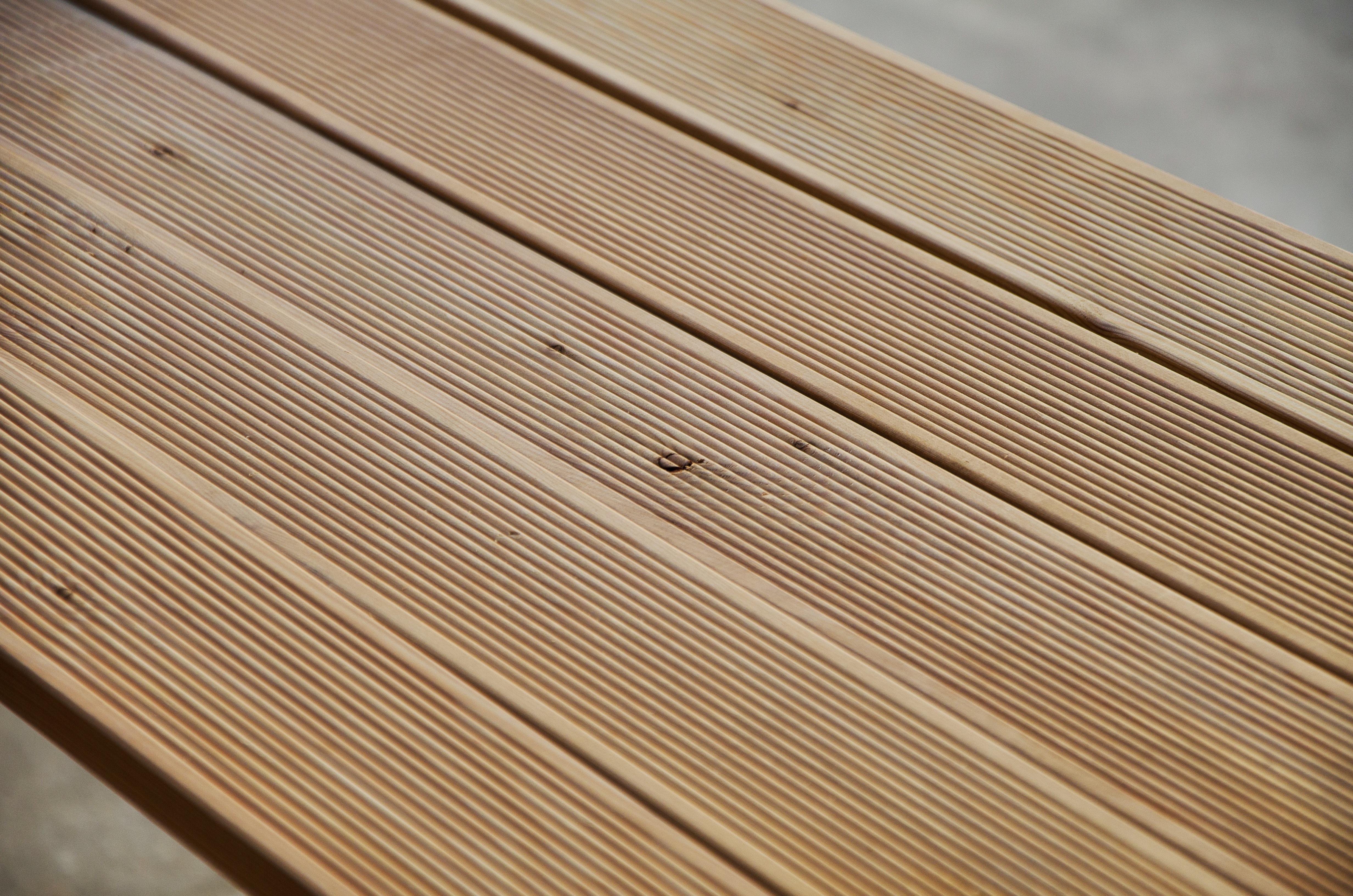 Pavimento maxilistone in legno da esterno decking larice - Tavole di larice piallate ...